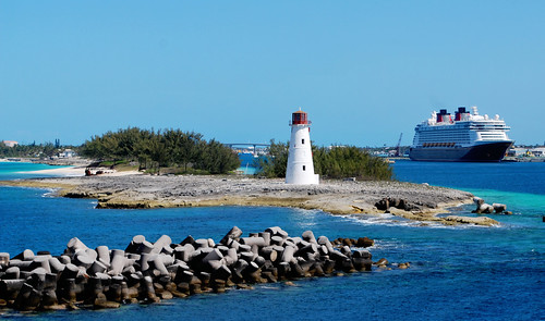 Hogs Island Light & The Disney Magic