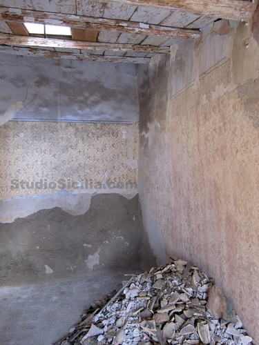 Studio Sicilia: Skylight and Rubble