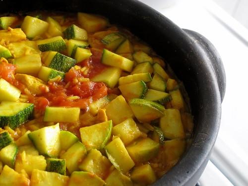 Arroz, frango e legumes - com outra cara