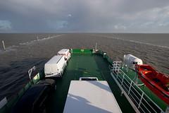 Fähre nach Norderney (Xavier de Jauréguiberry) Tags: germany deutschland boot boat norderney ostfriesland bateau norddeich nordsee allemagne fähre bac wattenmeer niedersachsen lowersaxony eastfrisia bassesaxe friseorientale