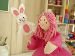 Vamos brincar com o dedoche de coelho? (Ateli BoniFrati) Tags: cute craft kawaii feltro coelho tutorial pap fadinha passoapasso bonifrati dedoche