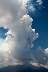 Eruption 10.04.11 (Hlose Picot) Tags: snow neve neige etna eruption sicilia sicilly lavaflow ashcloud eruzione paroxysm colatalavica parossismo nubedicenere