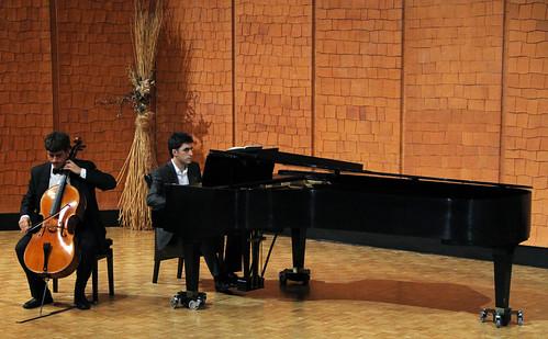 JÓVENES INTÉRPRETES 2011 - MIGUEL BLANCO PUENTE, VIOLONCELLO - LEÓN 11.04.11