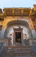 IMG_9525_26_27_IMG_9531_32_33-3 images (xsalto) Tags: houses maisons painted inde mandawa peintes