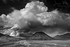 Mount Bromo - East Java, Indonesia (Jesse Estes) Tags: indonesia java eruption mountbromo eastjava jesseestes