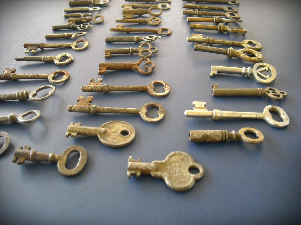 Antique Skeleton Key Collection 55 Furniture Cabinet Door Metal