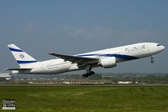 4X-ECF - 36084 - El Al Israel Airlines - Boeing 777-258ER - Luton - 110420 - Steven Gray - IMG_4458