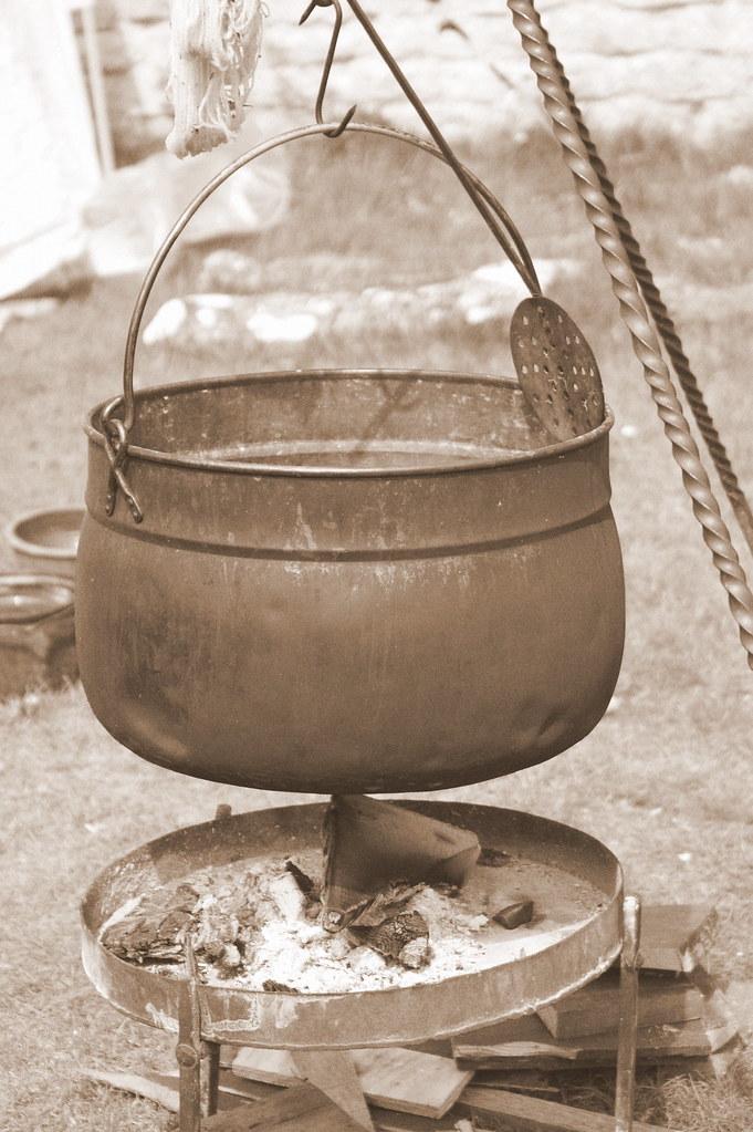 Roman cooking pot