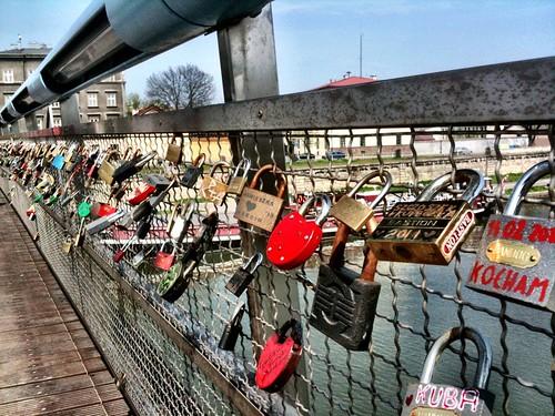 <span>cracovia</span>Lucchetti d'amore<br><br><p class='tag'>tag:<br/>cracovia | </p>