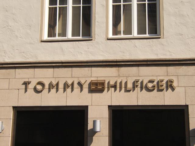 tommy_hilfiger_principalmarkt
