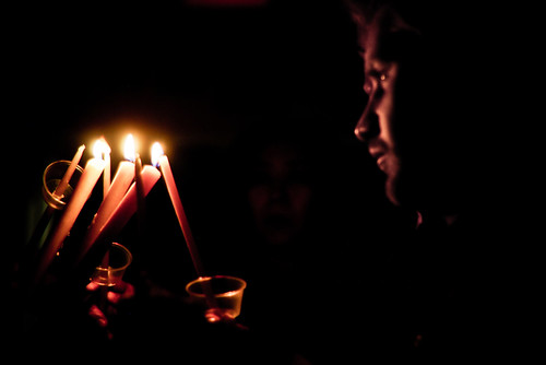 2011-04-24-pascha-02-receiving-the-light