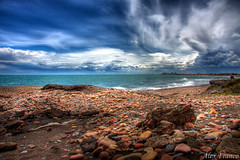Antes de la tormenta (lex Franco) Tags: costa mar playa nubes hdr horizonte orilla bestcapturesaoi flickraward5 mygearandme