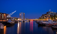 Binnenhaven Rotterdam (DolliaSH) Tags: city longexposure light urban haven holland color water colors architecture night canon reflections river photography lights noche photo rotterdam europe foto nightshot photos nacht harbour nederland thenetherlands le maas nuit notte stad noch zuidholland 1755 southholland binnenhaven 50d nachtopname canonefs1755mmf28isusm canoneos50d dollia dollias sheombar dolliash