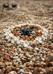 Pebble pattern (eMAJgen) Tags: beach pattern pebbles dorset target burtonbradstock hivebeach
