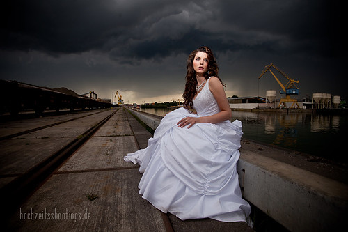 "Trash-the -dress-6 • <a style=""font-size:0.8em;"" href=""http://www.flickr.com/photos/34734209@N03/5749873568/"" target=""_blank"">View on Flickr</a>"