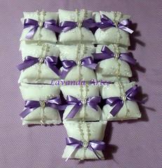 Sach com tercinho, lao lils (Lavanda Artes) Tags: handmade craft sachs chdebeb lembrancinha lembrancinhas sach almofadinha tercinho lembrancinhabatizado lembrancinhadechdebeb sachduplo sachalmofadinha sachcomtercinho
