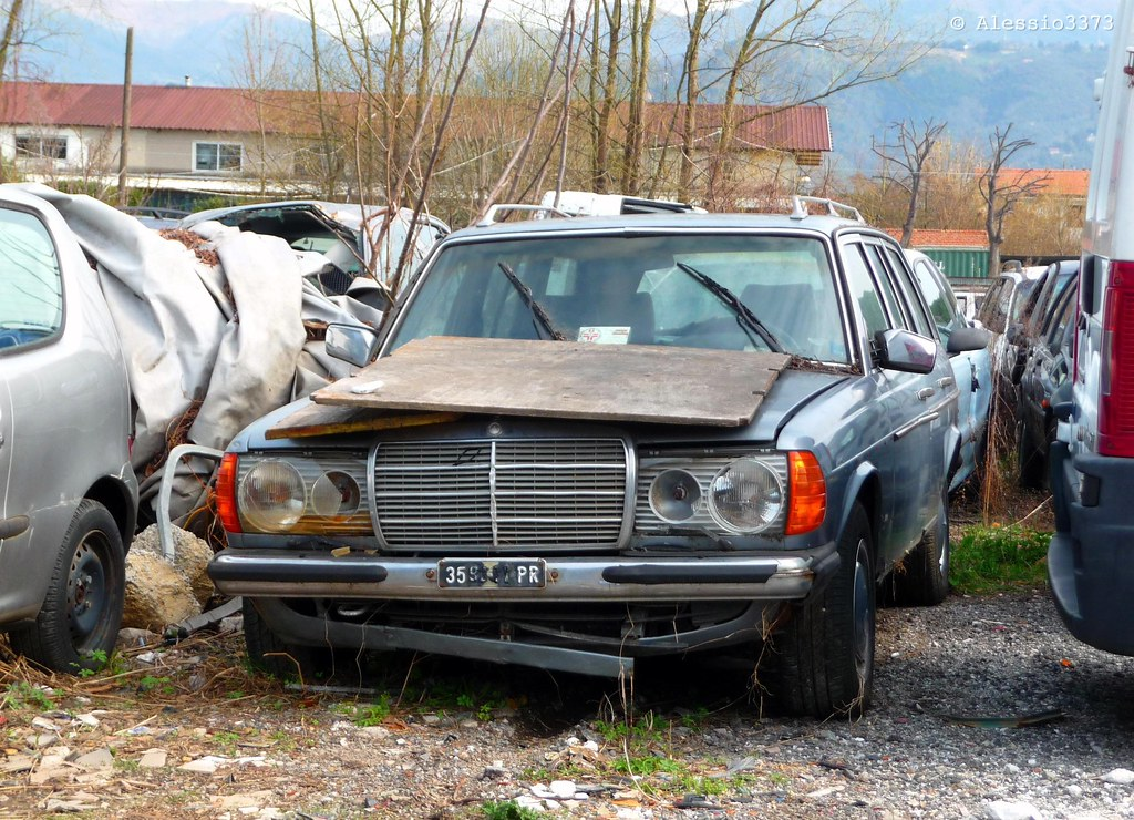 The world 39 s most recently posted photos of rustycar and for Mercedes benz scrap yard