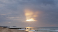 Boscombe 2016 (SedatPhotography) Tags: boscombe 2016 lovely morning dorset bournemouth uk england sunrise clouds groyne groynes sea oceon god rays sun beach holiday walk