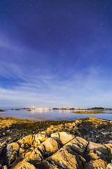20160930_F0001: Arcturus <- Big Dipper -> Polaris (wfxue) Tags: beach sand rocks house sea water light clouds cloudy hazy night sky stars bigdipper ursamajor arcturus polaris longexposure