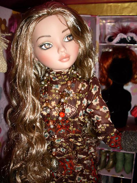 Charisma Sultana (Ellowyne Invisible Ink) l'amie de Luna est arrivee 5552071717_51560bc1b8_z