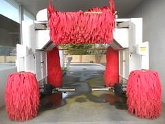pink machine cleaning carwash brushes