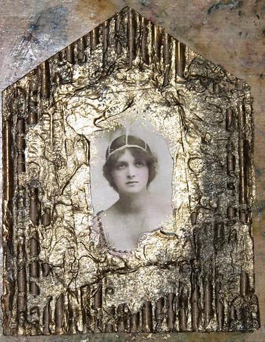 Mom Gothic Arch - #7 Cardboard 008