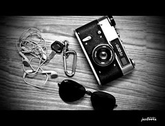 !!! my Identity !!! (jas-B) Tags: life camera music photography keyring ipod goggles vision biking earphones rayban royalenfield