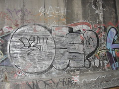 OE (Lurk Daily) Tags: graffiti bay nc east oe aot oms