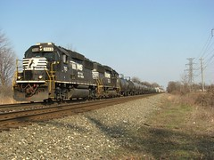 NS Chicago Line (codeeightythree) Tags: ns porterindiana norfolksouthernrailroad nschicagoline burnsharborindiana portercountyindianarailroads