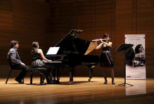 "CRISTINA GRANERO (FLAUTA) Y LAIA ARMENGOL (PIANO) - PRESENTACIÓN DEL DISCO ""LA FRAGUA DE LUNA"""