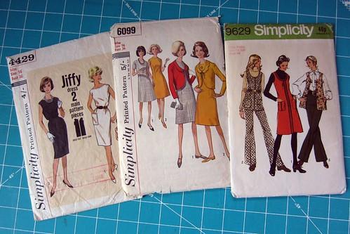 Vintage Pattern Present