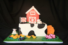 "Farm cake • <a style=""font-size:0.8em;"" href=""http://www.flickr.com/photos/60584691@N02/5624939119/"" target=""_blank"">View on Flickr</a>"
