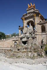 "La Cascada, Parc de la Ciutadella, Barcelona • <a style=""font-size:0.8em;"" href=""http://www.flickr.com/photos/23564737@N07/5627862769/"" target=""_blank"">View on Flickr</a>"