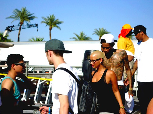 amber rose wiz khalifa married. While Wiz Khalifa is overseas