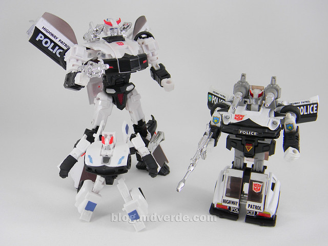 Transformers Prowl Reveal the Shields Legends - modo robot vs G1 vs Henkei