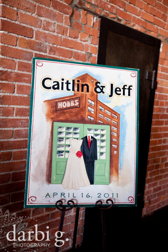 Darbi G Photography-Kansas city wedding photographer-hobbs building-DarbiGPhotography-041611-CaitJeff-w-5-115