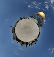Dome of the Rock (Jerusalem) (Little Planet) (manuela.martin) Tags: panorama architecture israel jerusalem domeoftherock architektur oldcity templemount alquds kipathasela littleplanet polarpanorama yerushalyim masjidqubbatassakhrah yrualaym