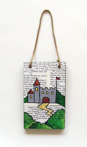 Decoupage castle plaque/wall hanging