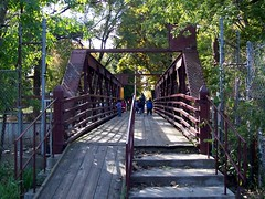 North Branch Pedestrian Footbridge #3 (Razel613) Tags: kids ramp northpark pedestrianbridge northbranchchicagoriver placestowalk bikeandwalkingpath placestobike eliezerappleton woodandmetalbridge