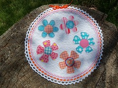 MQTS Circle quilt made by NeetDesigns... (ruthiequilts) Tags: handmade swaps mqts circlequilt