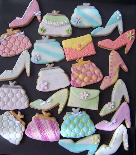 005   Small high heels & handbags/debbie ped....(bridal shower) by Debs Cookies