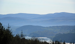 Blue Bens (dtepas) Tags: scotland loch landschap lochgarry