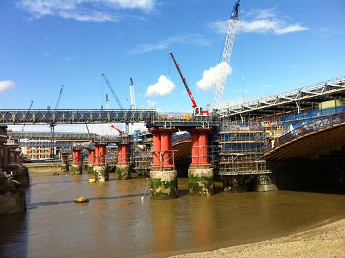 Work on Blackfriars Bridge, London by despod