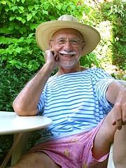 Chapeau de paille 426 (bernard-paris) Tags: bernard jardin chapeaudepaille