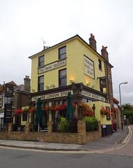 Park Tavern, Eltham, London SE9 (Kake .) Tags: parktavern pub eltham london se9