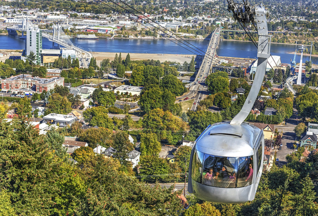 The world 39 s best photos of ohsu and tram flickr hive mind - Camera world portland ...