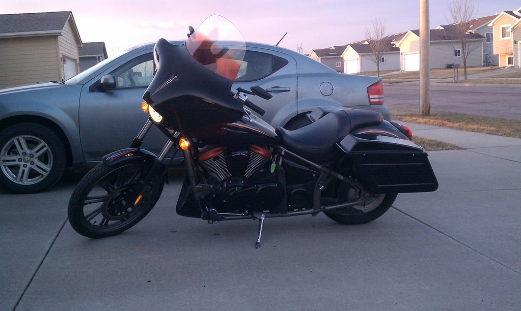 New pics of the motorcycle   '09 900SE w/MS Batwing and