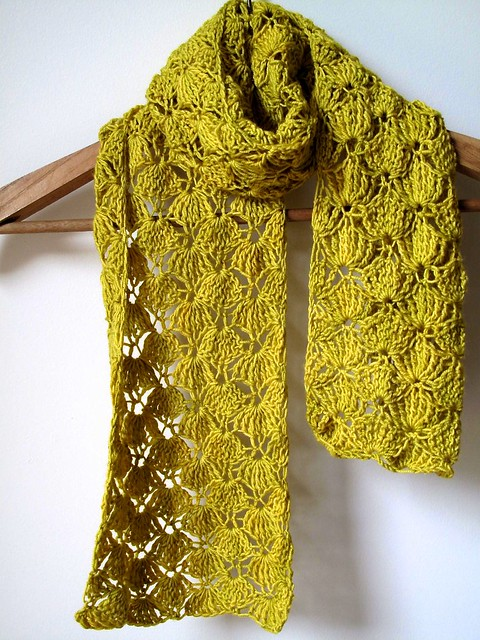 Wasabi Squeeze Scarf