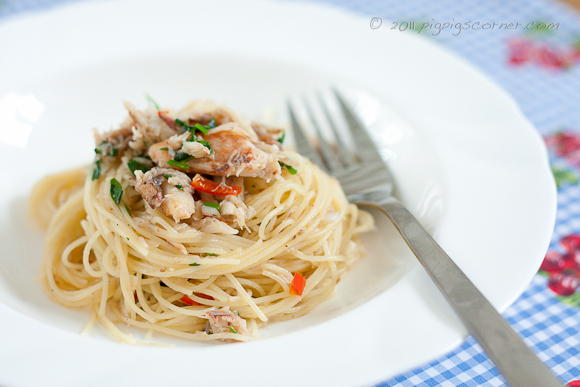 Spicy Crab Angel Hair Pasta with Truffle Oil