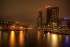 Willemskade (Bovdven) Tags: water skyline nacht brug hdr leeuwarden avero gracht achmea woonboot fbto zuidergracht